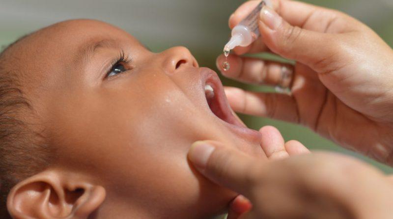 surto de Sarampo vacinação